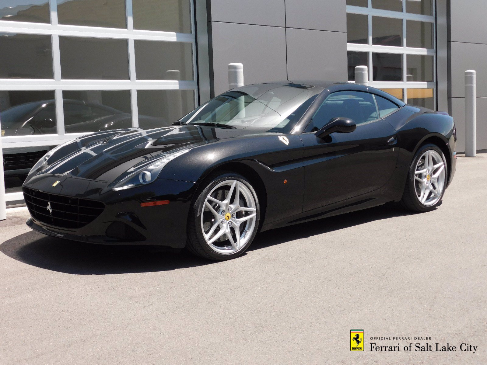 Certified Pre-Owned 2017 Ferrari California T 2DR CONV